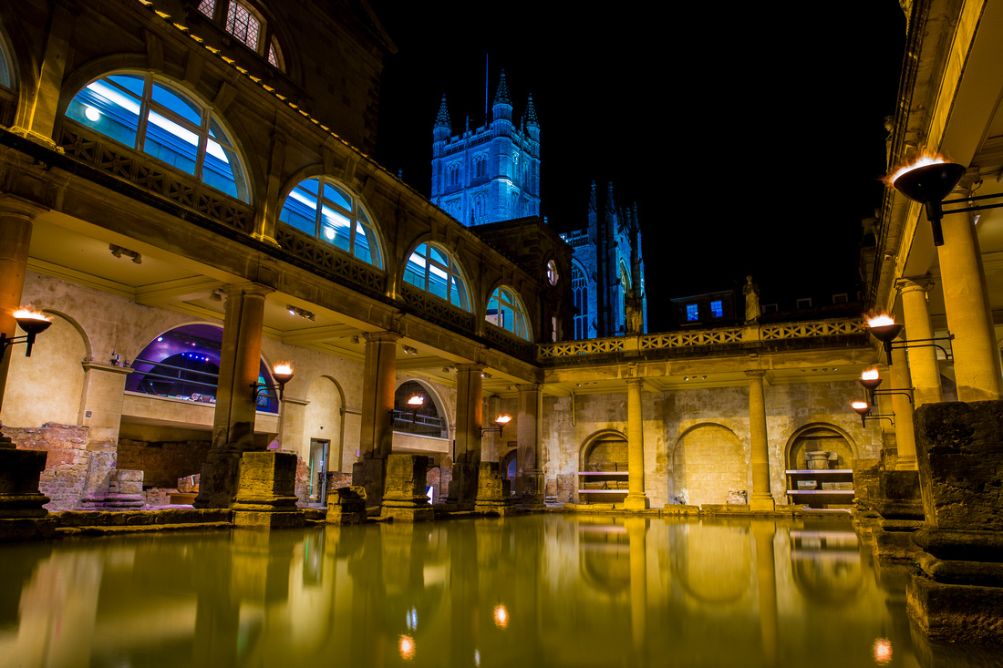 Roman Baths by Bath Abbey at night