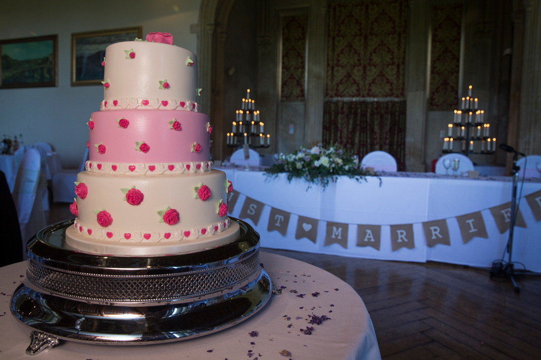 Wedding cake and top table