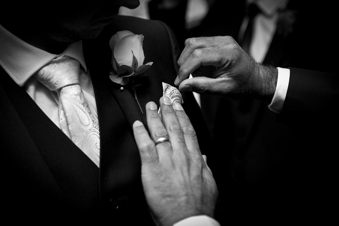 Groomsmen preparation shots hankerchief